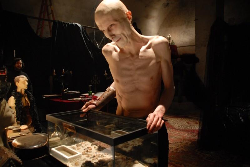 Nuot Arquint passar utmärkt i Shadow (2009)