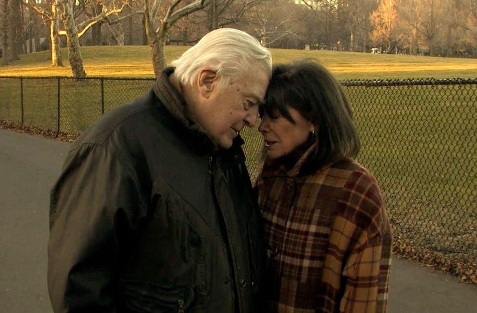 Peggy och Joe Sarno på promenad i Central Park
