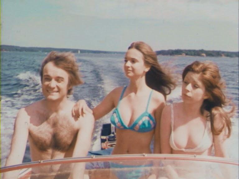 """Janne (Thomas Nervell), Gunilla (Christina Lindberg) och Nora (Eva Portnoff) i"""" Young Playtings""""."""