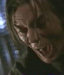 """Billy Drago spelar i vanlig ordning en """"otäck typ""""!"""