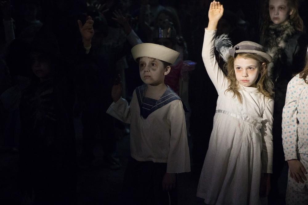Kan alla obligatoriska spökbarn vara snälla och räcka upp handen!