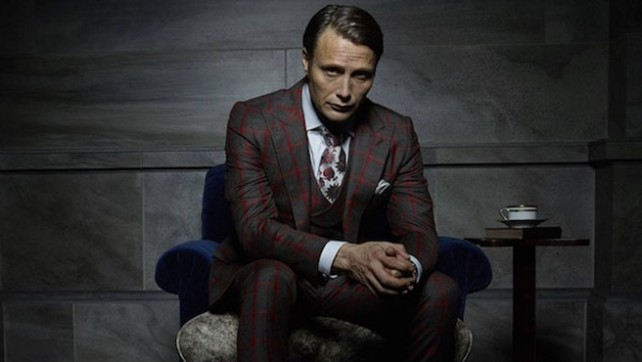 Mads Mikkelsen är fantastik i rollen som den sluge och matglade Dr. Hannibal Lecter.