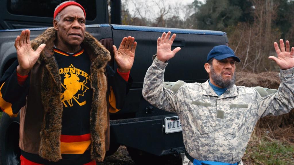 Danny Trejo och Danny Glovers två gubbhårdingar hamnar åter i trubbel.