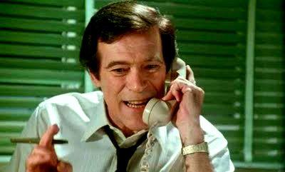 Den alltid lika underhållande Christopher George i utredartagen!