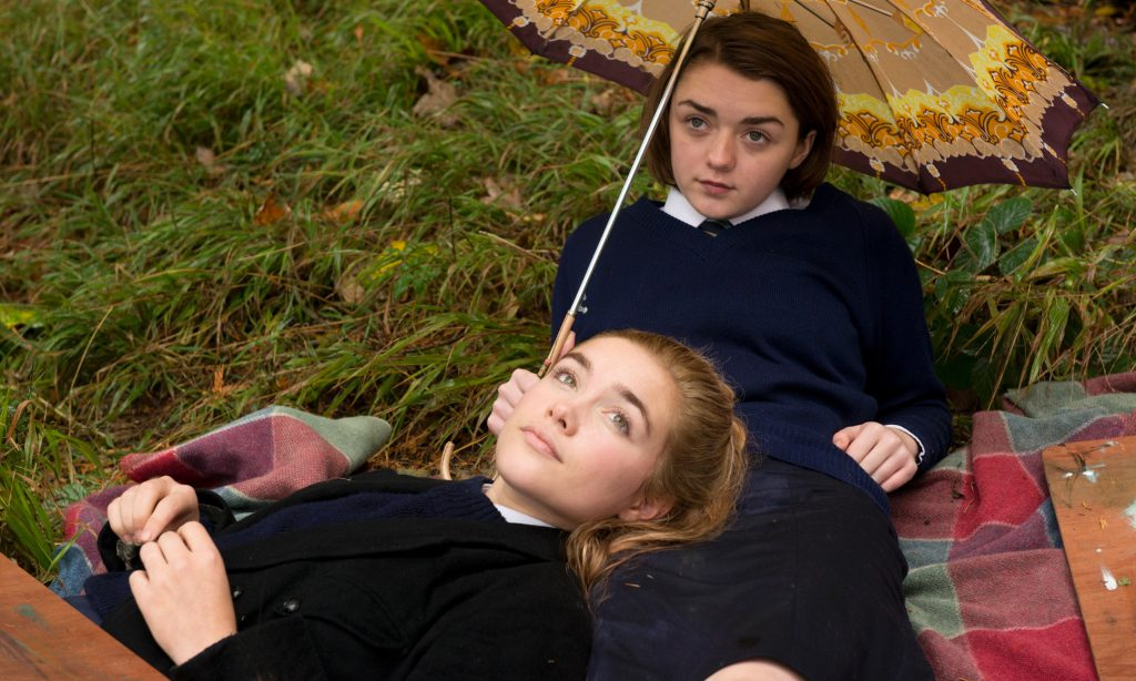 Florence Pugh och Maisie Williams