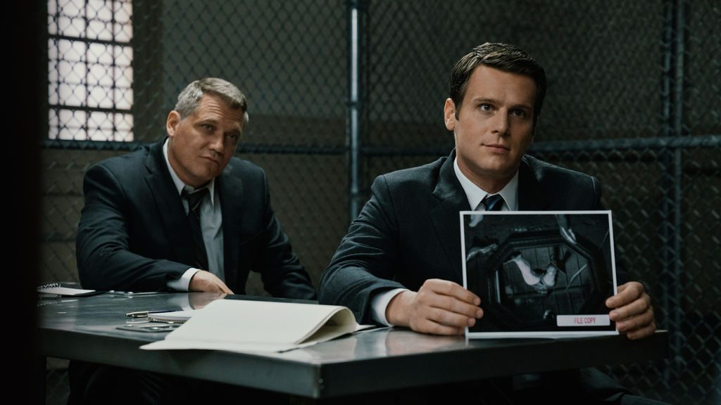 Bill Tench och Jonathan Groff i Mindhunter.